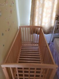 Baby Cot - Wooden - very good condition - SOLD