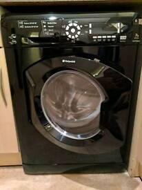 Black Hotpoint washer dryer