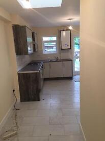 BRAND NEW 3 BEDROOM FLAT, INCLUDING COUNCIL TAX, NEAR MELTON RD & HIGHFIELDS, £800 pcm