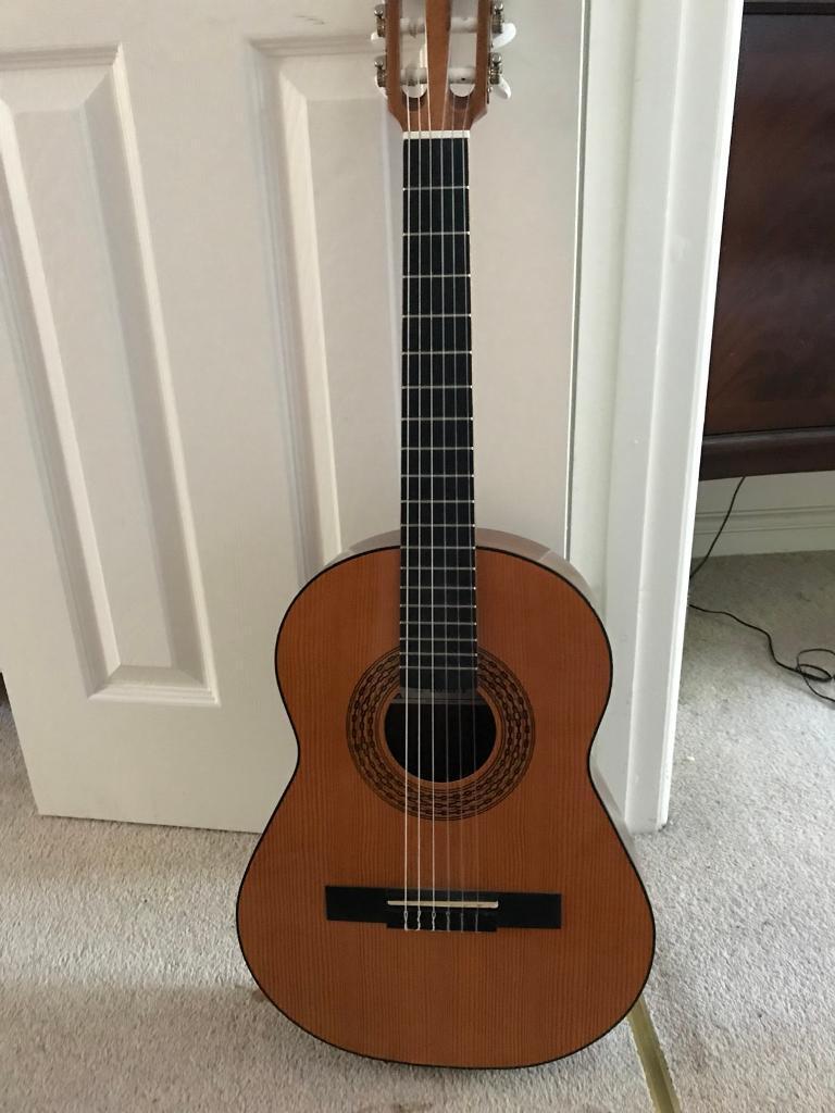 3/4 Acoustic guitar for sale