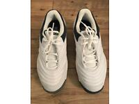NIKE MENS TRAINERS - 9.5 (Brand New)