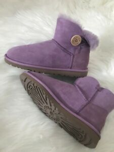 New Rare Sz 6 Lavender Bailey Ugg Authentic