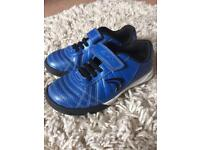 Clarks football trainers