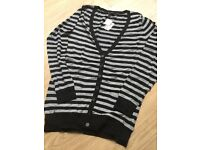 Forever 21 long Cardigan. New size M