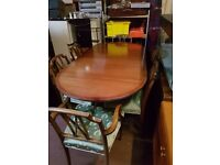 Vintage Extending Dining Table With 6 Chairs 2 Carvers