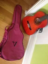 Guitar 3/4 valencia with cover
