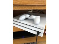 4 days old PlayStation 4 pro white 3 games