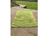 Lime Green Rug 132xm x 192cm