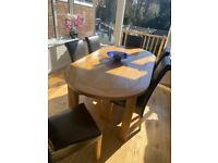 Solid Oak Wood Dining Table and 6 Chairs