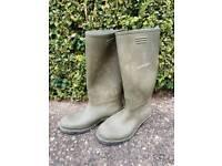 Mens Size 8 Dunlop Wellington Boots