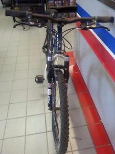 Ironhorse Desperado Mountain Bike. We Sell Used Bikes. We carry baseball and hockey equipment, exercise weights (#34154)