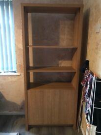 Oak shelving unit/bookcase