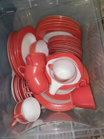 JAJ Weardale Coral pyrex set comprising of 48 pieces