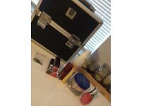 Makeup vanity case EXCELLENT CONDITION+ some makeup for swatches/ trying
