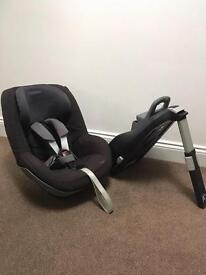 Maxi cosi Pearl stage 2 Car Seat and Familyfix Isofix base