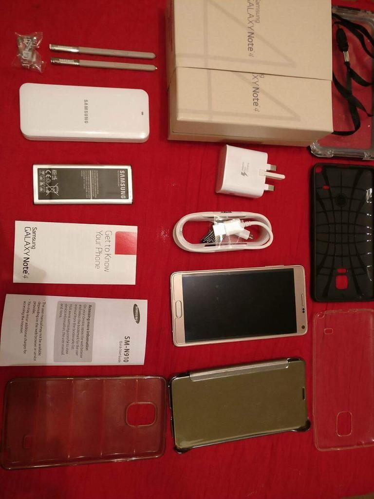 Samsung Galaxy Note 4 (Full Bundle; All accessoriesin Hyde Park, West YorkshireGumtree - SAMSUNG GALAXY NOTE 4 • Samsung Galaxy Note 4 handset in immaculate condition (32GB)• 5 Cases in used condition (waterproof case etc.)• Genuine Samsung external battery charger• Genuine Samsung Note 4 Battery (Extra unit aside from the one...