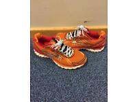 Men's running trainers
