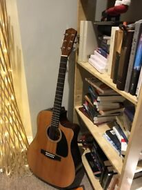 Fender CD60 CE guitar