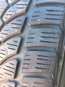 245/40/20 Bridgestone blizzak LM-32     7/32