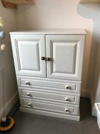 Cupboard / Cabinet / Drawer Chest