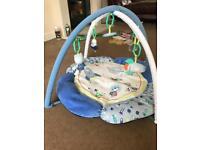 Blue and white baby play mat