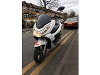 Honda Pcx 125cc in excellent condition not ps sh vision lead scooter