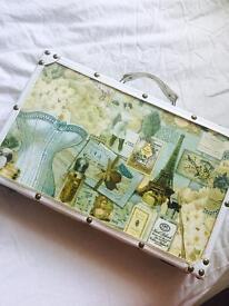 Vintage luggage case