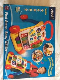 VTECH First Steps Baby Walker **FANTASTIC CONDITION WITH THE PHONE**