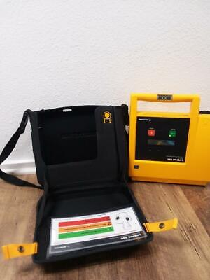 E84 Medtronic Physio-control Lifepak 500 Aed W Carrying Case