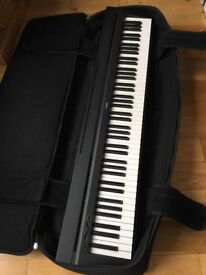 Yamaha P-35 electric piano (weighted keys) with sustain pedal and gig case - Full size