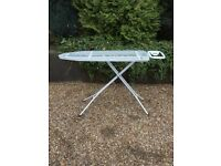 Ironing board with height adjustment in excellent condition