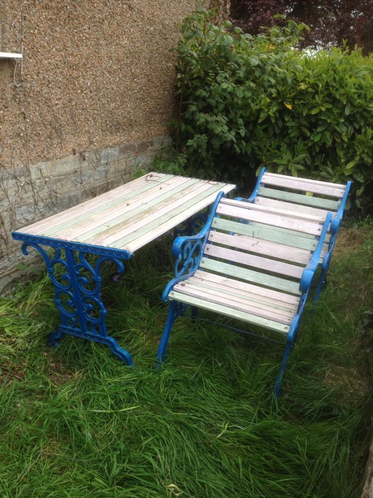 Cast Iron Garden Table Set