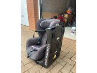 Maxi cosi Axiss Swivelling car seat 9-18 Kgs Toddler seat