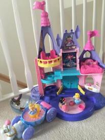 Fisher price Princess castle with carriage