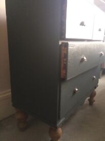 Victorian heavy chest of drawers