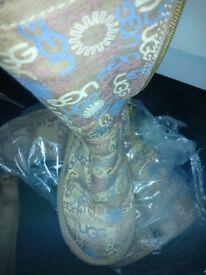 Womens UGG Boots- GRAB A BARGIN!!