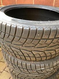 Set 4 tyres low profile