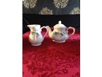 Tea Pot & Milk Jug