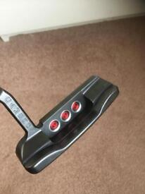 Scotty Cameron - Newport Dark Mist