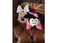 Minnie Mouse cushions x2