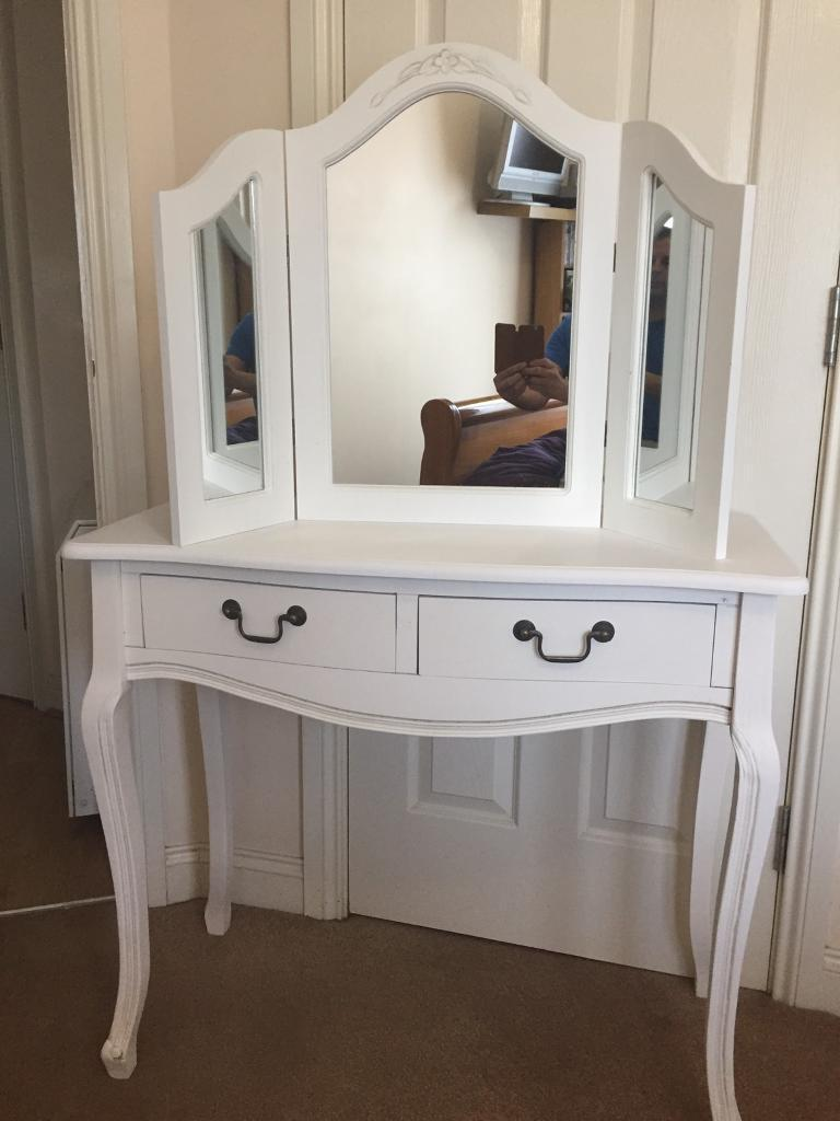 Dressing table And Mirrorin Moortown, West YorkshireGumtree - A lovely shabby chic dressing table and dressing table mirror Dimensions 900 long 400 width 790 highLook at my other listings