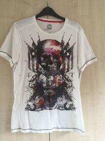White T-Shirt - skull design