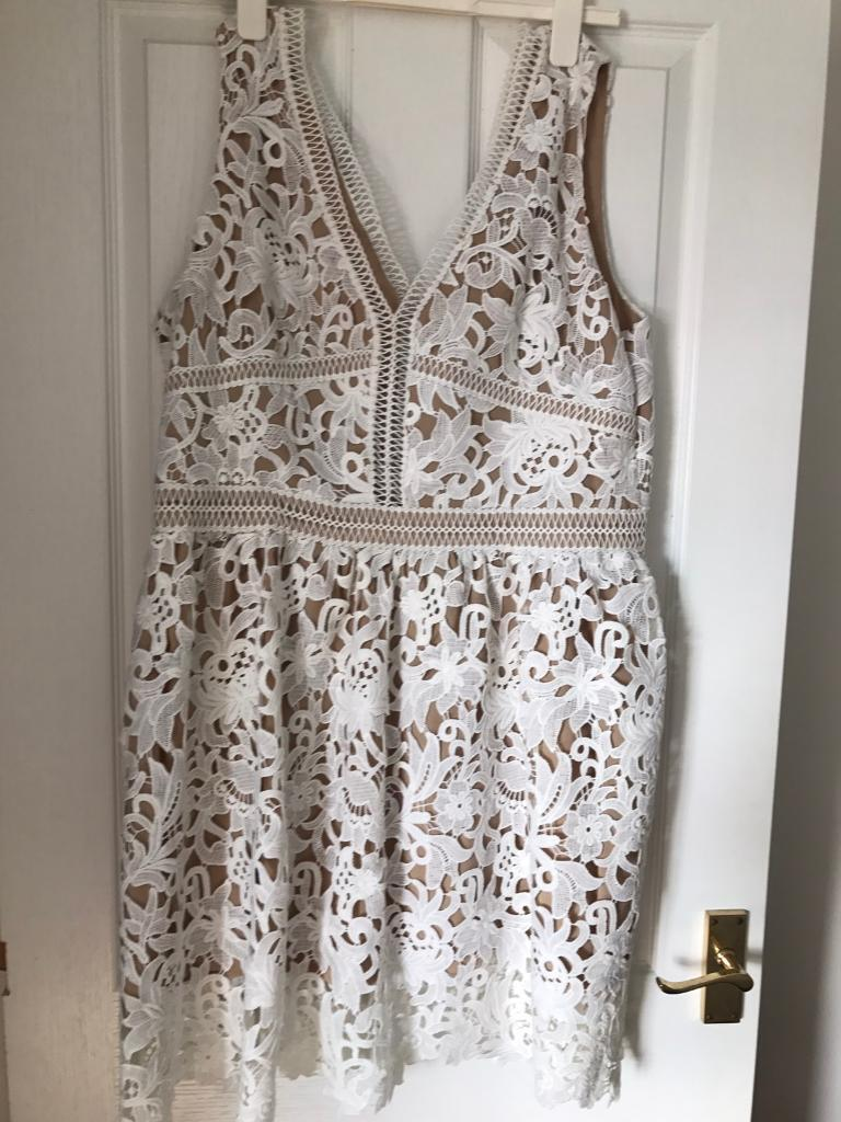New look lace dress size 18