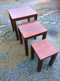 Solid wood nest of 3 tables
