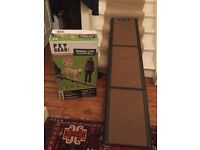 DOG RAMP HARDLY USED FOR ALMOST ALL DOGS - PET GEAR TRAVEL LITE TRI FOLD CAR IN ORIGINAL BOX