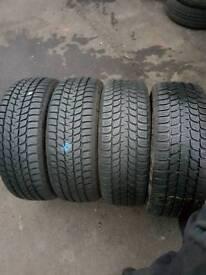 195 55 16 4 brigiston Winter tyre