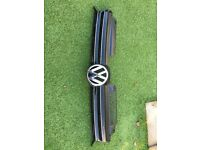 VW Golf mk6 genuine complete front grill