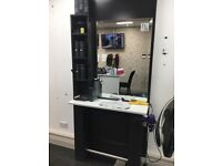 2 hairdressing unit and styling chairs