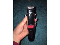 ***** PHILIPS 9000 LASER GUIDED BEARD TRIMMER BT9280/33 ***** DEMO PRODUCT NEVER USED