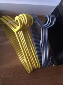 17 Plastic Adult Excellent Quality Hangers